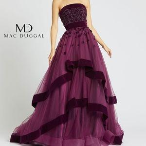 Mac Duggal Plum Velvet Trim 3D Floral Gown - US 4